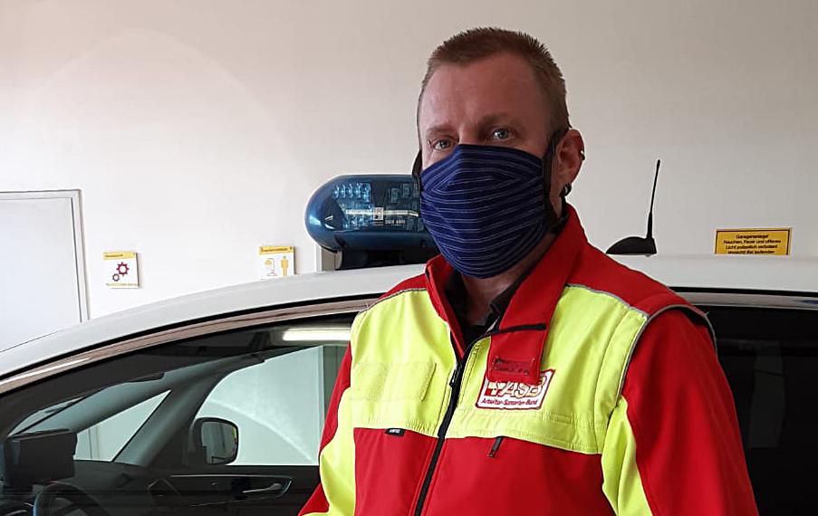 Besondere Umstände erfordern besondere Maßnahmen: Selbstgenähte Schutzmasken für unsere Kollegen